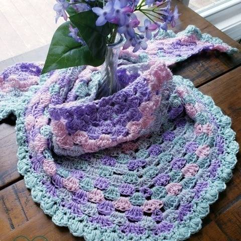 Wildflower Crochet Shawl at Makerist