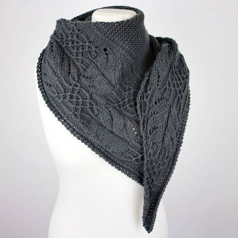 "Strickanleitung Tuch ""Ellis Shawl"" bei Makerist"