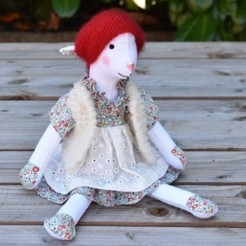 Rosie, Felt doll poupée en feutrine at Makerist