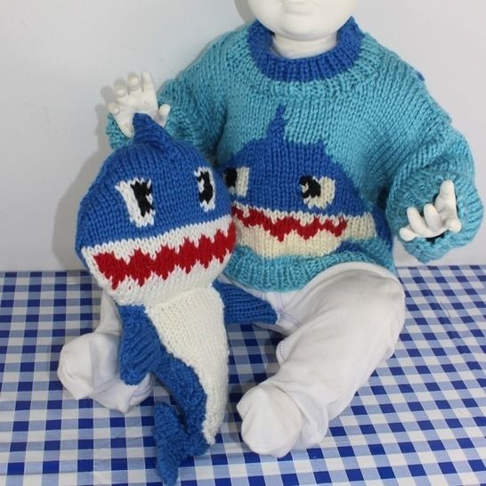 Chunky baby & Toddler Shark Sweater and Toy at Makerist - Image 1