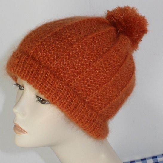 Circular Moss Stitch & Fishermans Rib Bobble Beanie at Makerist - Image 1