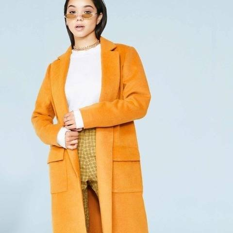 Hot Toddy // Women's Wool Coat Sewing Pattern  at Makerist