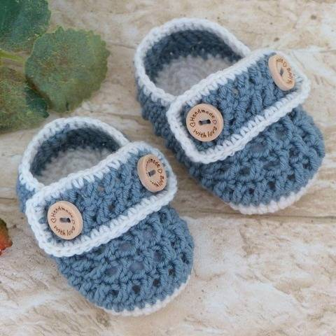 """Baby Shoes """"Henry"""", 0-6 months – Crochet Pattern at Makerist"""