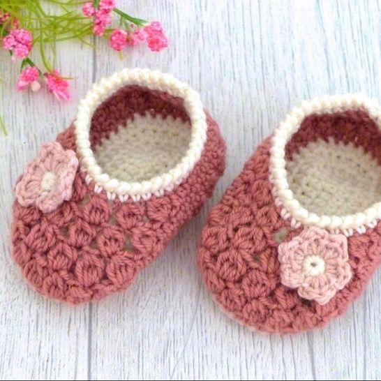 "Baby Shoes ""Charlotte"", 0-6 months – Crochet Pattern at Makerist - Image 1"