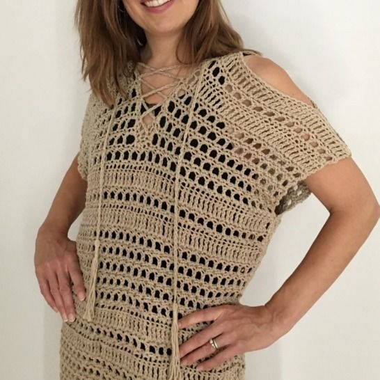 Bathing Suit Coverup Pattern (Bustling Beach Cover-Up) at Makerist - Image 1