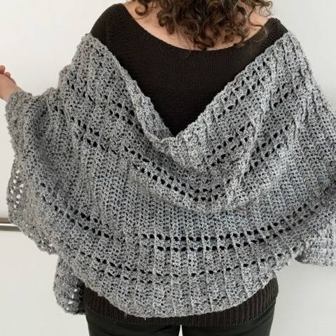 Crochet Shawl Wrap Pattern (Shawl We Wrap-It-Up Wrap) at Makerist