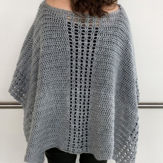 Easy Crochet Poncho Pattern (My Easy On-The-Go Poncho) at Makerist - Image 1