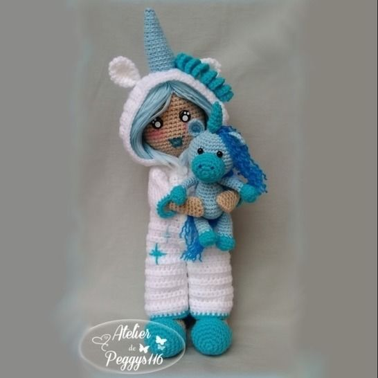 Luni'corne and her cuddly toy  at Makerist - Image 1