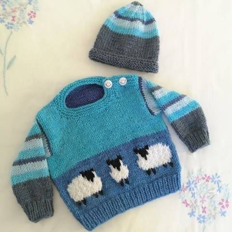 Baby Blue Sheep Sweater and Hat at Makerist
