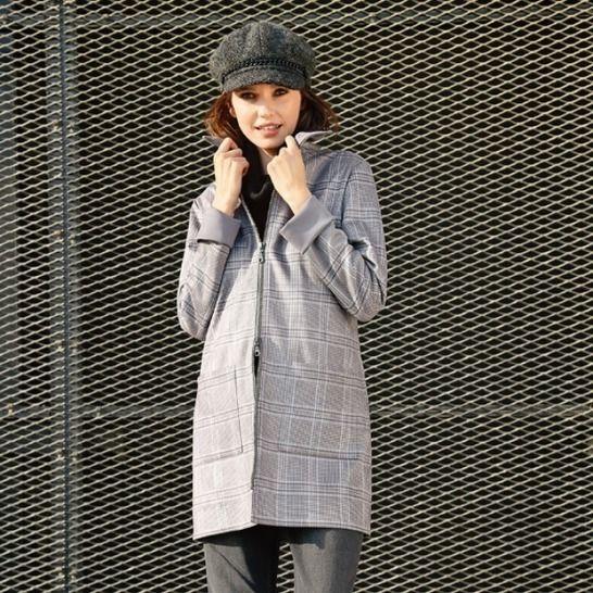 Lange, karierte Reißverschluss-Jacke bei Makerist - Bild 1
