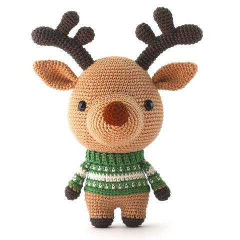 Comet the Reindeer Toy Amigurumi crochet christmas pattern