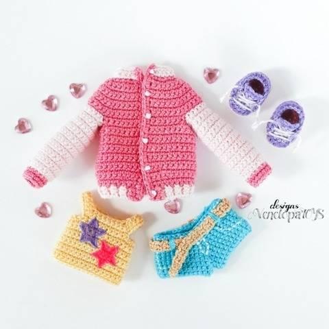 Modèle Vêtements de Poupée Naomi