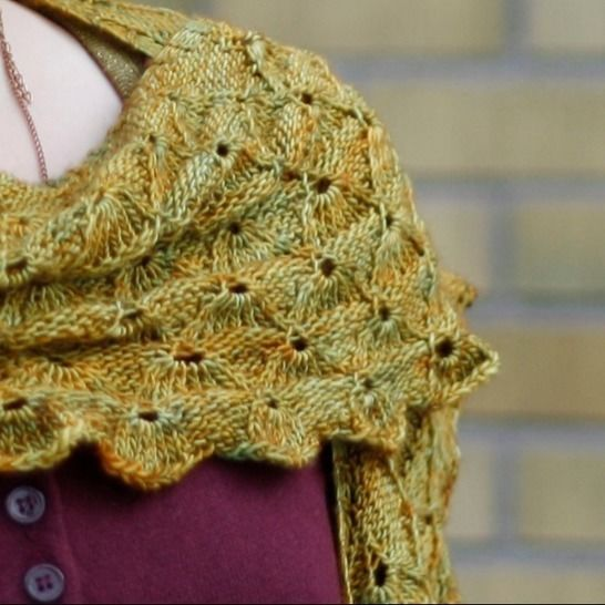 Firebolt - geometric shawl at Makerist - Image 1