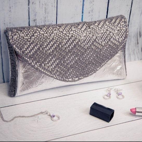 La pochette Festive Iris chez Makerist - Image 1