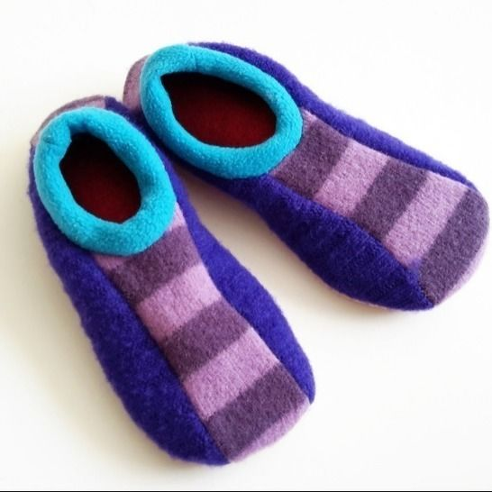 Upcycled Sweater Bowling Slippers at Makerist - Image 1