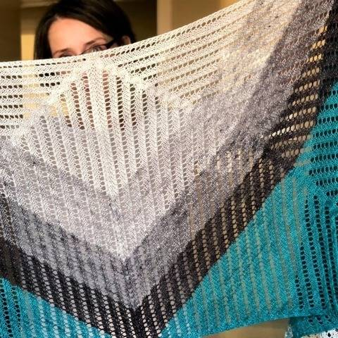 Projection shawl - hand knitting pattern