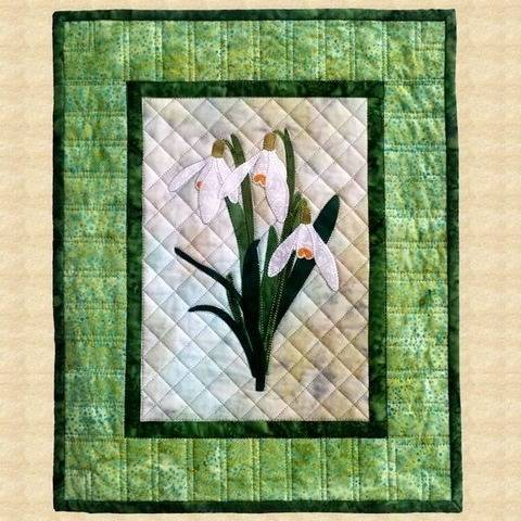 Snowdrops Quilted Wall Hanging Pattern at Makerist