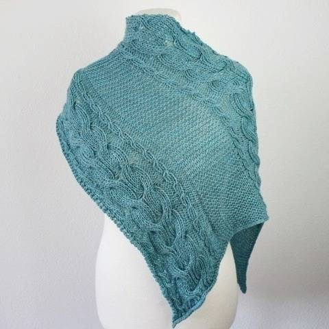 "Knitting pattern shawl ""My Memories"" at Makerist"