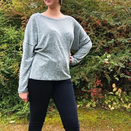 PIXIE the loose sweater - PDF sewing pattern at Makerist - Image 1