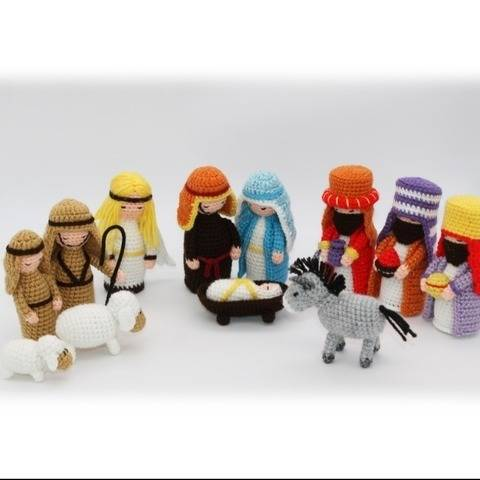 Christmas Nativity Creche Scene Crochet Pattern at Makerist