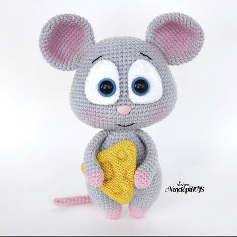 Amigurumi Mouse with cheese Crochet Pattern