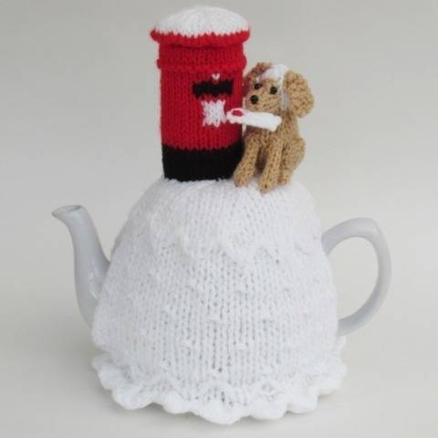 Dog Posting a Letter Tea Cosy Knitting Pattern at Makerist