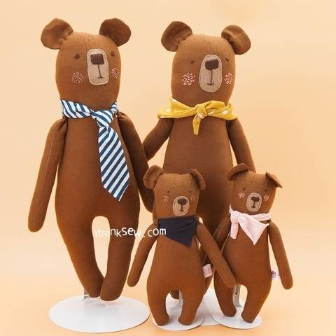 Bear Family Dolls PDF Pattern (#2480) at Makerist