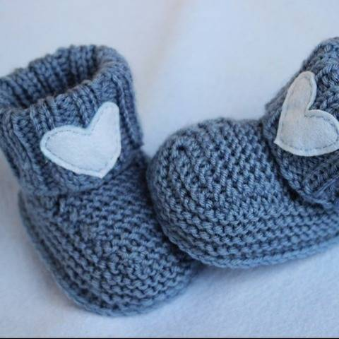 Baby Boy Booties Knitting Pattern at Makerist