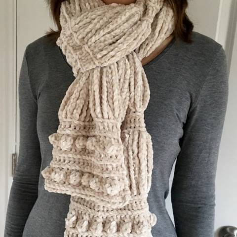 Womens Crochet Scarf Pattern PDF (Velvety Clouds Scarf) at Makerist