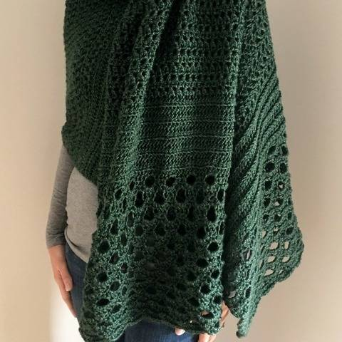 Crochet Shawl Wrap Pattern PDF (Grand-In-Green Wrap) at Makerist