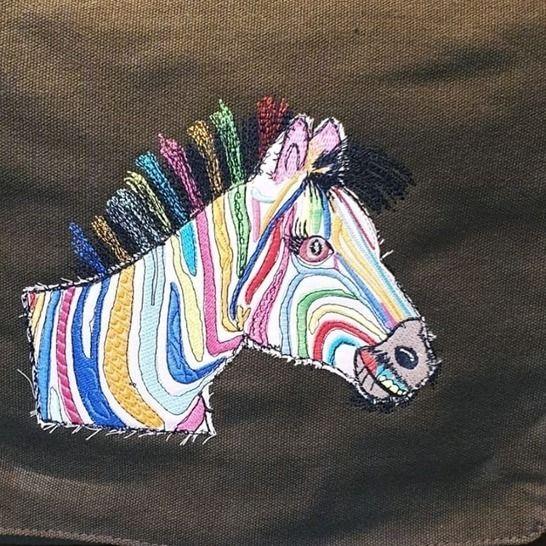 "Zebra ""Hingucker ♥ 20x16 bei Makerist - Bild 1"