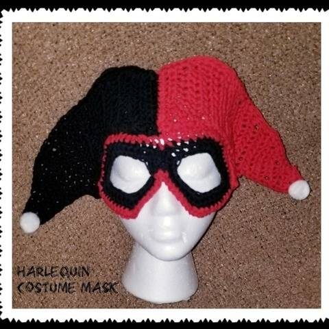 Crochet Harlequin Costume Mask Pattern at Makerist