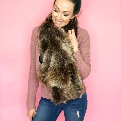 Faux Fur Pull Through DIY Scarf Sewing Pattern
