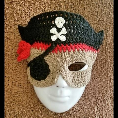 Pirate Costume Mask Pattern  at Makerist