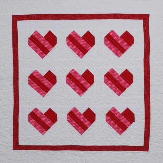 """Pieced Hearts Quilt PDF Pattern, 36"""" Square, Paper Pieced  at Makerist - Image 1"""