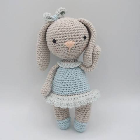 Amigurumi lapin au crochet•Câline, la lapine