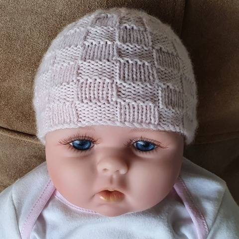 Babies 4ply basket stitch beanie - Whitney