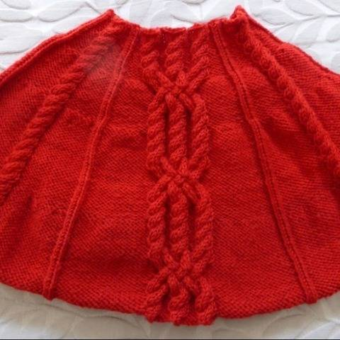 8ply Cabled Cape, PDF knitting pattern - Rita