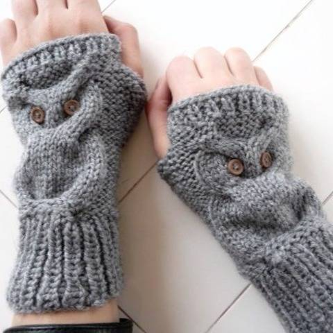 Owl Design - Fingerless Gloves - No.101E