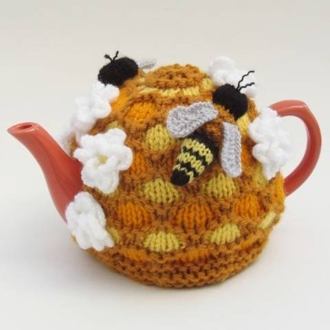 Oh Bee-Hive Honey Bee Tea Cosy