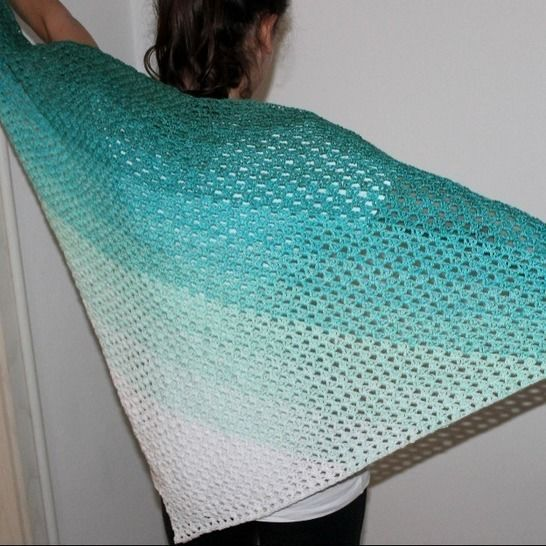 Clear Blue Sea scarf crochet pattern at Makerist - Image 1
