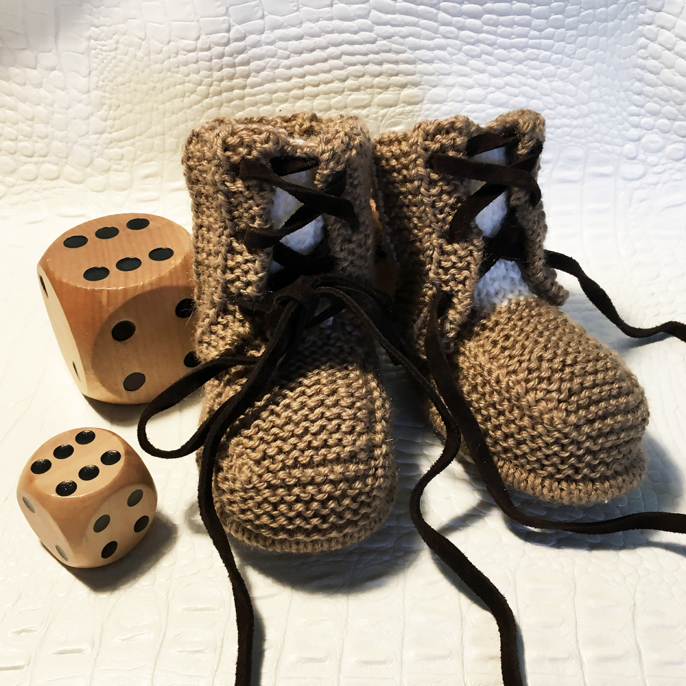 Chaussons Sully - taille 3-6 et 6-9 mois