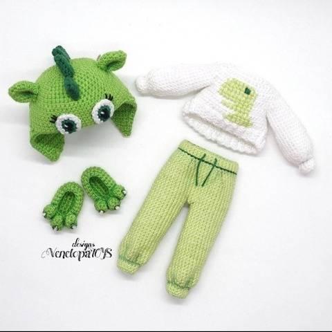 Häkelanleitung Kleidung für Puppe in Dinosaurier Anzug