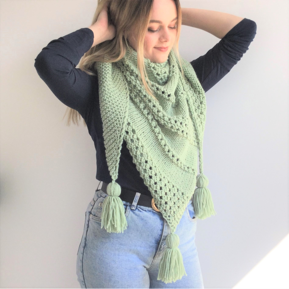 Willow Shawl- easy - aran/worsted