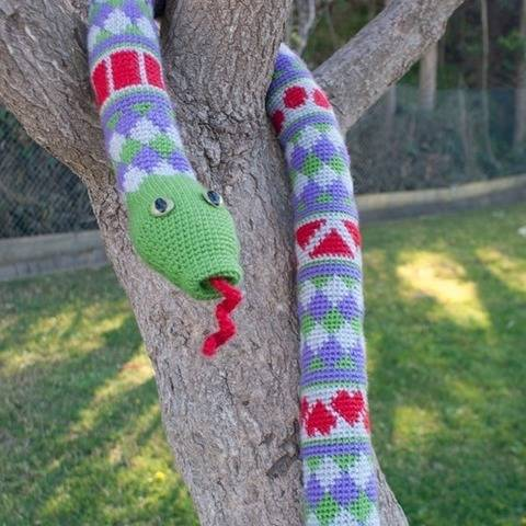 Shape Teaching Fair Isle Snake Crochet Pattern