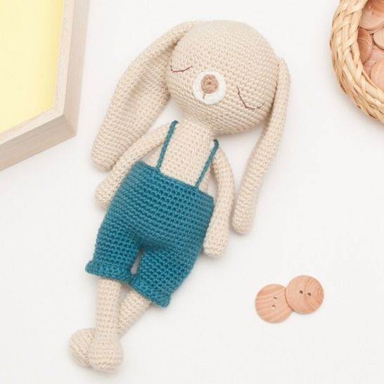 New design in process: Little Amigurumi Bunny | Crochet bunny ... | 546x546