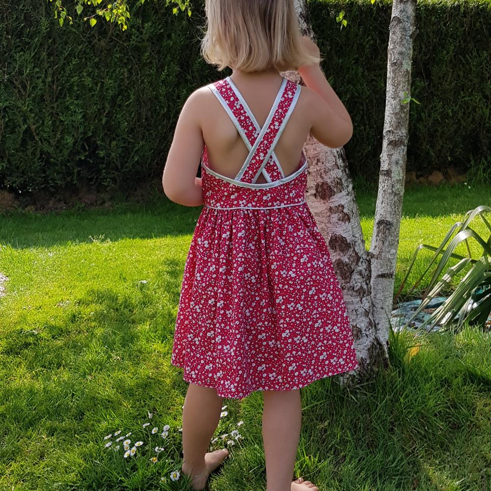"""Robe enfant """"Thalis"""" du 2 ans au 12 ans - Débutant"""