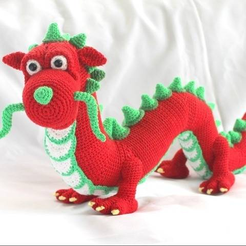 Henry the chinese dragon at Makerist