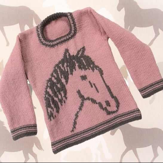 Horse on a Sweater at Makerist - Image 1