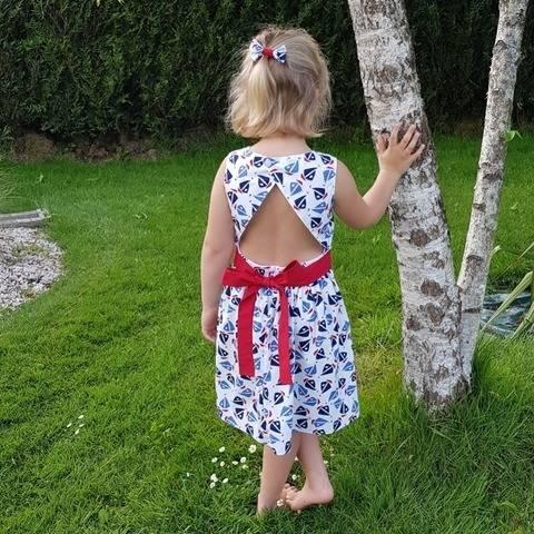 """Robe enfant """"Fiona"""" 2 ans au 12 ans - Intermédiaire"""